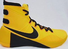 Nike Hyperdunk 2015 Size 13.5 Bruce... (online clothing store) Tags: nike brucelee sneakerhead nikeshoes sneakerheads hyperdunk hyperdunks uploaded:by=flickstagram instagram:photo=12337355686521405782472264511