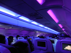 inflight LAS-SFO (kenjet) Tags: lighting pink inflight cabin mood purple seat virgin rows seats airline airbus onboard airliner a320 moodlighting midnightride virginamerica a320214 n629va