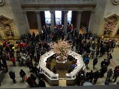 New York. Metropolitan Museum of Art. The crowded foyer. (denisbin) Tags: newyork clock brooklyn subway icehockey metropolitanmuseumofart malachite urns goldclock frenchclock malachitevases