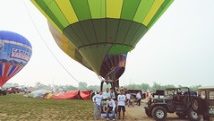 Lubao Hot air Balloon at Pradera Verde (3 of 29) (Rodel Flordeliz) Tags: travel sky hot air balloon billboard adventure oxygen riding hotairballoons pradera pampanga bataan lubao lubaohotair