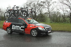BMC Team Car (Steve Dawson.) Tags: uk england cold cars wet rain bike race canon eos is yorkshire cycle tdy april usm ef28135mm damp bmc 29th uci peloton 2016 f3556 50d ef28135mmf3556isusm canoneos50d oricagreenedge tourdeyorkshire harswell