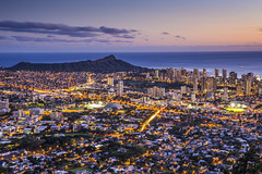 Downtown HI (Brandon Taoka) Tags: sunset waikiki diamondhead universityofhawaii manoa h1freeway