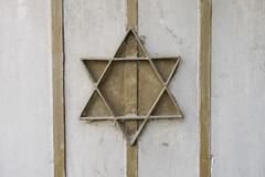 Mea She'arim (Wojciech Zwierzynski) Tags: wall israel jerusalem il western bethlehem jerusalemdistrict