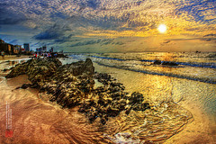 IMG_9515 Rock Beach At The Dawn @ Andy Le™ (ANDY LEDDY) Tags: andy vietnam vungtaucity andyleddphotography andyleddyphotography vungtausunset sunsetsolarcloudy ppipostprocessingimage sunsandsolarsea img9515rockbeachatthedawnandyle™ppied28thdec2015allrightsreserved4thjuly2015 andylephotography
