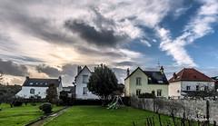 _DSC9518 (Jack-56) Tags: france brittany maisons ile bretagne ciel nuages groix iledegroix d700 nikkor2470mmf28 ilesbretonnes