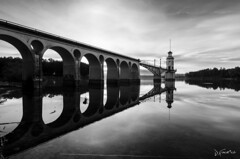 Reflejos (www.jfuentesquero.es) Tags: longexposure blancoynegro clouds blackwhite agua flickr ngc arches save pantano nubes arcos largaexposición longexposition cubillas bestcapturesaoi elitegalleryaoi