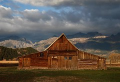 _G6T6923 T.A. Moulton Barn (BKP2010) Tags: fall grandtetonsnationalpark moultonbarn mormanrow