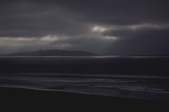 Rayos de Sol (CURZU@) Tags: chile bw blancoynegro sol monocromo coquimbo mar agua nubes pacifico oceano sudamerica rayos laserena cuartaregin airelibre