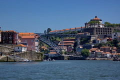 Luiz I bridge seen from the douro (DirkVandeVelde ( very busy)) Tags: bridge building portugal metal architecture port river europa europe outdoor sony unesco porto pont brug klooster buiten metaal europ rivier katholiek religie douroriver vilanovadegaia mosteirodaserradopilar werelderfgoed