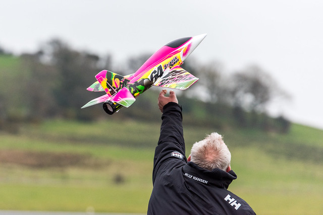 Phil launching his Stinger MK2.