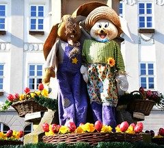 Easter bunny couple (:Linda:) Tags: germany easter town pansy thuringia handpainted easteregg stiefmütterchen workwear bluey themar workingclothes