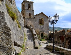 Abandoned (Arcieri Saverio) Tags: sky italy abandoned architecture chiesa calabria historia storia cosenza paesi cleto