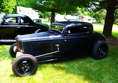 """Just A Little Deuce Coupe With A Flathead Mill"" (ilgunmkr - Mourning The Loss Of My Wife Of 52 Year) Tags: ford 1932 oldschool hotrod deuce carshow 2015 1932ford fordcoupe fordv8 fordflatheadv8 hennepinillinois flatheadmill"