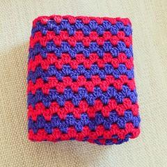 #crochet #crochetblanket #crochetersofinstagram (Strawberry Latte) Tags: crochet crochetblanket uploaded:by=flickstagram crochetersofinstagram instagram:photo=1158720742347866004391400350