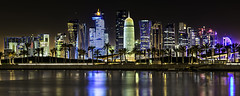 Qatar.Skyline II (ramon.vmorales) Tags: skyline skyscraper lights luces edificio panoramica reflejo nocturna doha qatar d800 rascacielos catar