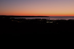 Baie de Montauk (florent.duchastel) Tags: city nyc light sunset usa newyork night america lights bay fuji view unitedstates longisland atlantic lumiere fujifilm montauk manor crpuscule baie atlantique amrique x100 x100t