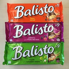 Balisto (Like_the_Grand_Canyon) Tags: bar berries candy cereal muesli