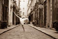 Baila! Baila! (LACPIXEL) Tags: street urban woman paris france art sepia town calle dance mujer nikon flickr artist outdoor femme ciudad dancer danse urbano capitale nati fx rue extrieur bastille ville bailarina cour urbain danseuse damoye nikonfrance lacpixel