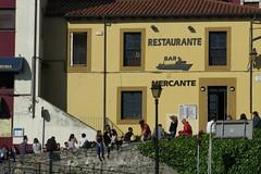 La cuesta del Cholo (Micheo) Tags: sol sunshine puerto muelle spain harbour asturias gijon