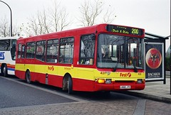 First Northampton Transport Ex-Capital Citybus Volvo B6 NCME 431 L888JTC in Milton Keynes Christmas 1999 (Mark Bowerbank) Tags: christmas volvo northampton transport first 1999 milton keynes citybus b6 431 ncme excapital l888jtc