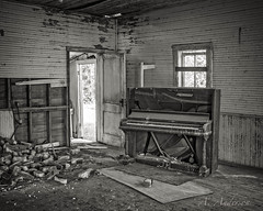 Awaiting Liberace (A Anderson Photography, over 1 million views) Tags: abandoned canon piano