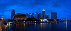 Simply blue II (JohnNguyen0297) Tags: longexposure panorama night singapore nightshot le esplanade bluehour nighshot marinabay 1018mm a6000 sel1018 ilce6000