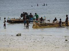 IMG_2164 (vbolinius) Tags: ocean travel boat locals madagascar 2016 ifaty