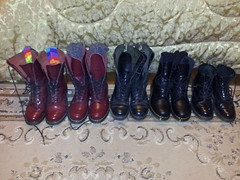 20160310_211015 (rugby#9) Tags: original black feet yellow socks cherry boot shoe hole boots 10 lace dr air 14 7 8 indoor icon wear size footwear stitching comfort sole doc 1914 cushion soles dm docs eyelets drmartens bouncing airwair docmartens martens dms stripedsocks blacksocks 8hole 1460 1490 cushioned wair 10hole bootsocks doctormarten 14hole multicolouredsocks yellowstitching blackdmsocks blackdrmartenssocks