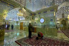 Prays at Shah-e-Cheragh (T   J ) Tags: iran fujifilm shiraz xt1 teeje shahecheragh fujinon1024mmf4
