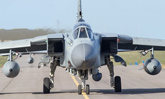 Panavia Tornado GR4, ZA453, 022  (head on) (baclightning1) Tags: tornado raf panavia militaryjet raflossiemouth panaviatornadogr4 za453 baclightning1 tornadoza453