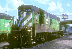 BN GP9 1965 (Chuck Zeiler) Tags: railroad bn locomotive 1965 chz emd gp9