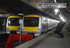 Chiltern Units 168 213 and 168 113 (photobobuk - Robert Jones) Tags: uk england london art birmingham transport trains nightscene railways services units westmidlandsuk chiltren