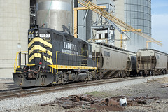 1602 On Duty at Edon, Ohio (Troy Strane) Tags: ohio grain wabash loading 1602 gp9 edon indiananortheastern