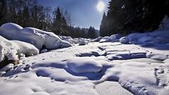Oberlauf der Emme (bolliger51) Tags: schnee winter schweiz natur bach bern che fluss eis landschaft sonne weiss emmental emme bachbett flussbett kantonbern kemmeriboden oberlauf schangnau schweizsuissesvizzeraswitzerland hindershbeli