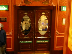 20150414_London93 (tobey0207) Tags: uk travel london musical lionking lyceumtheatre