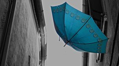 Burano, I ( doro 51 ) Tags: italy umbrella alley ck burano gasse 2016 schirm dorophoto