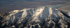 2016_02_16_lga-ord-slc_170 (dsearls) Tags: brown white mountains west utah flying desert aviation united gray aerial ual unitedairlines windowseat windowshot oquirrh oquirrhmountains lgaordslc 20160216