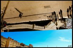 """L'iIllusion d'optique - """"the optical illusion"""" - Ombrire vieux-port - Marseille (13) - Juin 2013 (J oSebArt's Pictures) Tags: canon mirror marseille miroir opticalillusion vieuxport lightroom canon650d enversendroit lightroom6 photoshopcc2015"""