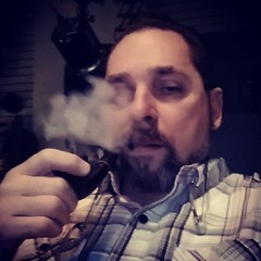 Really not good taking a #selfie but #smoking a #pipe with BlackBerry Brandy by Newminster #pipesmoker #nowsmoking #smokingpipe (thecigarphotographer) Tags: cigars instagram ifttt
