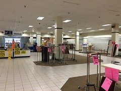 Sears Memphis Closing - April 9, 2016 (2 Days Remaining) (Memphis Retail) Tags: abandoned last out store poplar day memphis empty room sears elevator stock business vacant closing department laurelwood