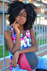Basketball (trinseco6889) Tags: woman black eye girl basketball lady hair skin african lips occhi pelle beautifull ragazza noracism capelli pallacanestro labbra congolese