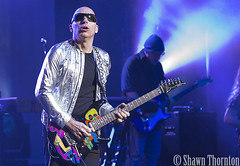 Joe Satriani - The Fillmore - Detroit, MI - 4/13/16