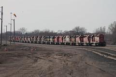 DME 6078 (CC 8039) Tags: ice minnesota yard humboldt minneapolis trains line bandit cp soo dme milw sd402 sd40 gp40 ac44cw