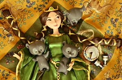an afternoon nap with the queen on her bed (girl enchanted) Tags: film boys movie toys bears ds disney hubert brave harris triplets hamish redheads disneystore queenelinordoll