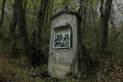station3 (bulbocode909) Tags: suisse vert arbres printemps valais stations stmaurice oratoires chapelleduscex