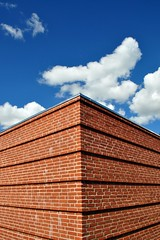 Opposites attract (mikael_on_flickr) Tags: blue red sky building rot lines architecture clouds contrast denmark rouge nuvole blu bricks himmel symmetry bleu ciel cielo blau rd rosso danmark architettura attraction skyer aalborg simmetria arkitektur bl rd linee contrasti danimarca mattoni symmetri nordjylland skyarchitecture nrresundby oppositesattrack