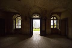 Ingresso_2 (serdor) Tags: casa nikon digitale villa nikkor colori buio 1835 abbandonata penombra d800e