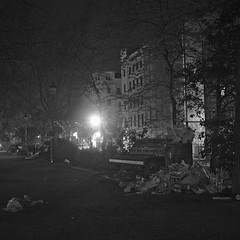 (f.uxus) Tags: berlin kreuzberg nacht 1mai mariannenplatz