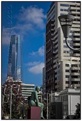 POSTAL URBANA (Gerardo Correa Orozco) Tags: las santiago edificio escultura urbano postal condes rascacielo