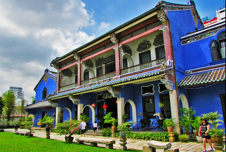 dinh-th----Cheong-Fatt-Tze-Mansion-Blue-Mansion